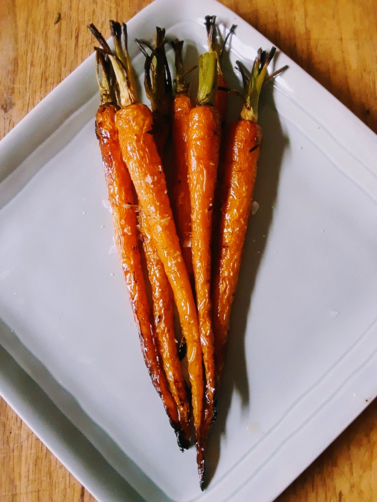 Simple roasted carrots with thyme butter