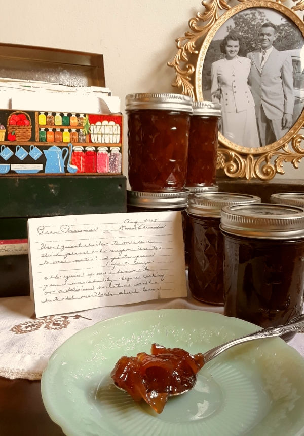 Old-fashioned pear preserves